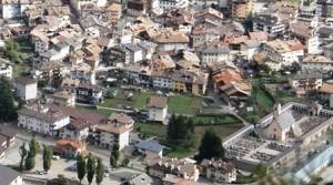 predazzo area parcheggio via pencati by predazzoblog.it  300x167 Predazzo, meno auto e più verde in via Pencati