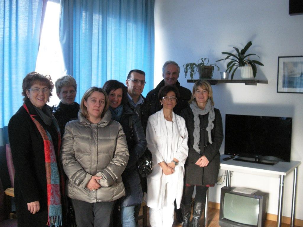 ospedale cavalese tv predazzoblog Dagli assessori alla sanità di Fiemme, un televisore al day hospital oncologico di Cavalese