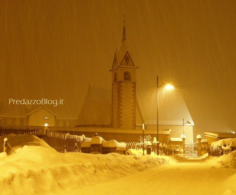 predazzo chiesa san nicolo neve predazzo blog notturna Predazzo, avvisi della Parrocchia dal 19 al 26 febbraio
