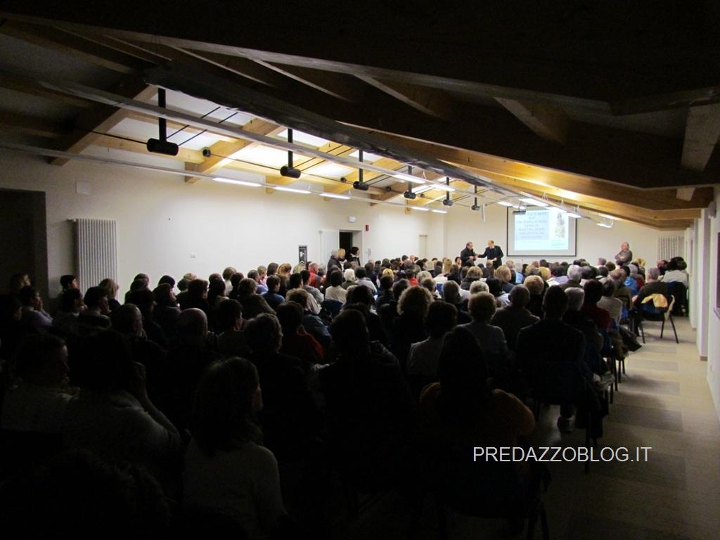 predazzo parrocchia serata new age reiki predazzo blog1 New Age, Reiki e Fiori di Bach, affollata serata a Predazzo per il primo incontro proposto dalla Parrocchia