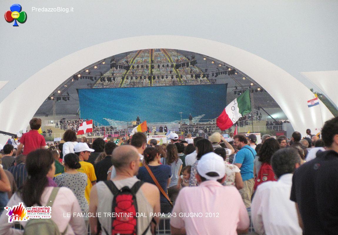 foto giornata mondiale famiglie milano gruppo trento by predazzo blog 38 7°Incontro Mondiale delle Famiglie con il Papa a Milano, le foto dei trentini e video