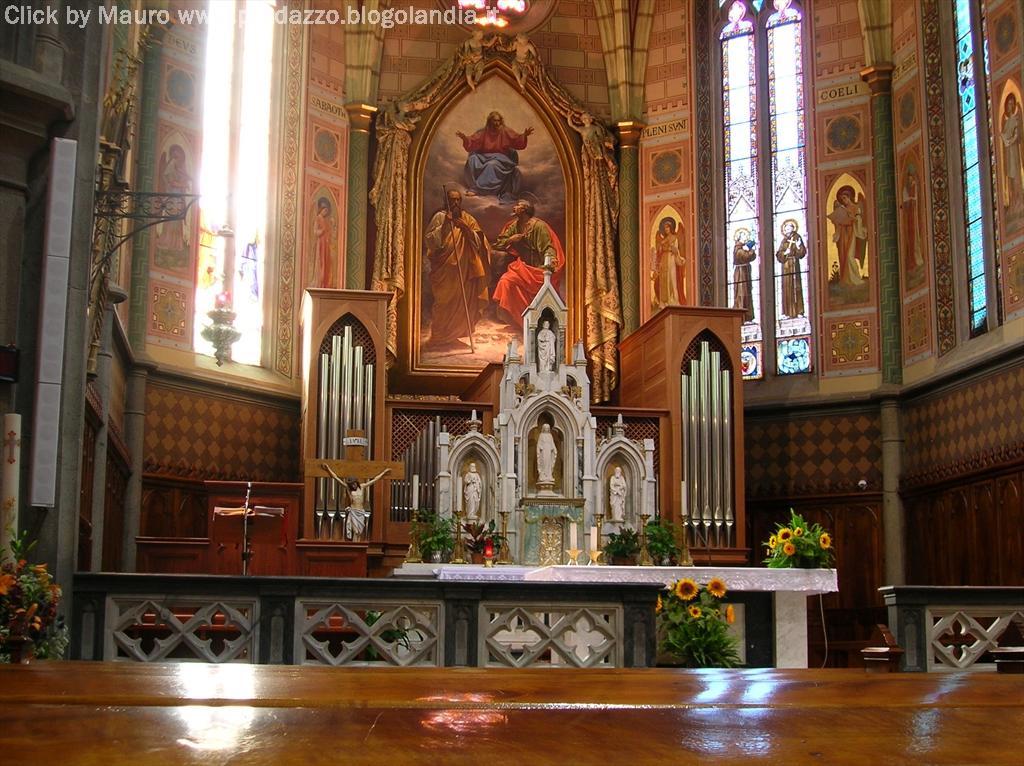predazzo interno chiesa parrocchiale Predazzo