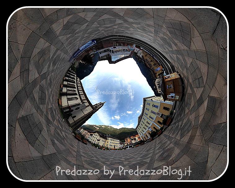 predazzo piazza e chiesa vista terra by predazzo blog Foto Predazzo e dintorni