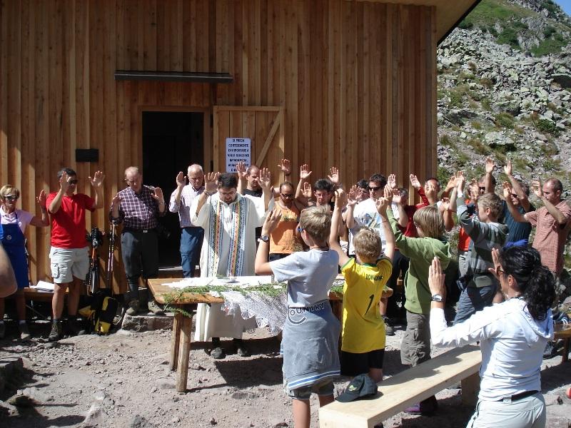 inaugurazione bivacco Paolo e Nicola 21.8.11 Predazzo blog8 Il Ctg di Predazzo si «autotassa» per il bivacco Paolo e Nicola