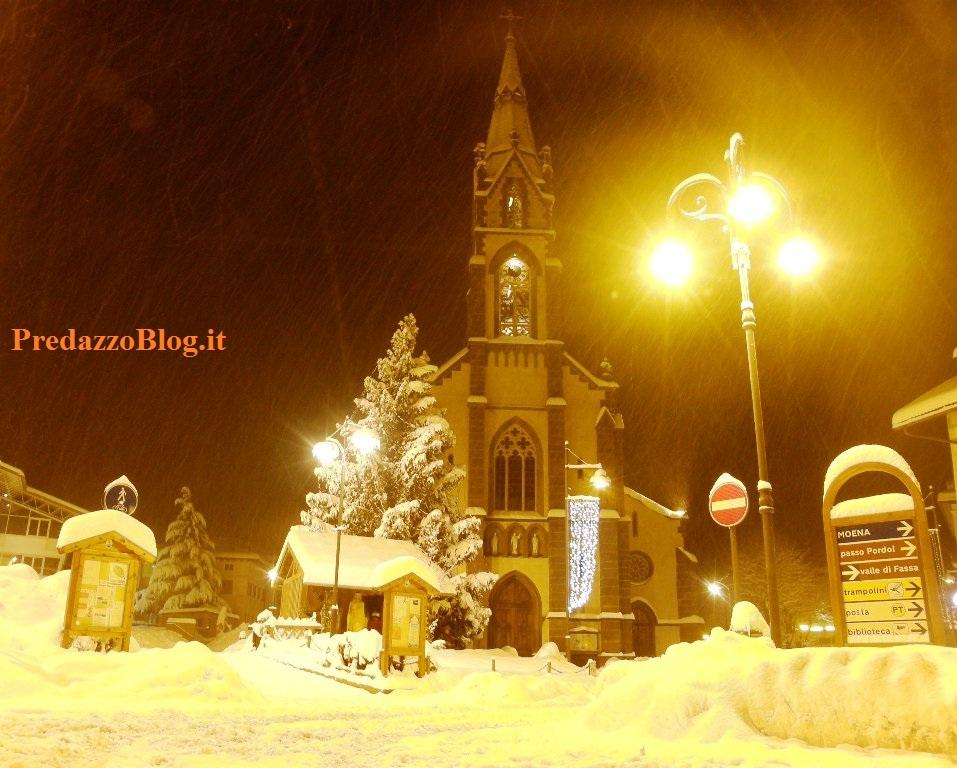predazzo chiesa parrocchiale sotto la neve ph mauro morandini predazzo blog pb Parrocchia di Predazzo