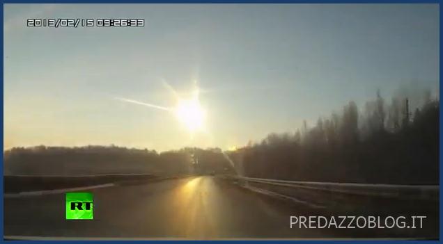 meteoriti russia urali 15.2.2013 Pioggia di meteoriti in Russia, lievi danni e feriti   Video