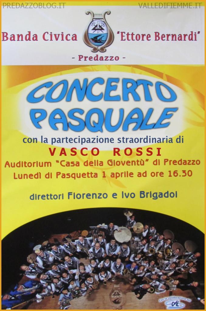 vasco rossi in concerto a predazzo 678x1024 Vasco Rossi in concerto con la Banda Civica di Predazzo   Lunedì 1 aprile 2013