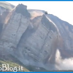 frana francia Eboulement dune falaise à Saint Jouin Bruneval 150x150 In Germania piovono jeep americane   Video
