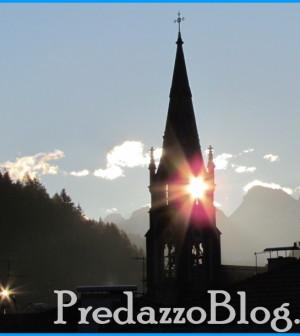 chiesa predazzo alba e riflessi di luce predazzoblog