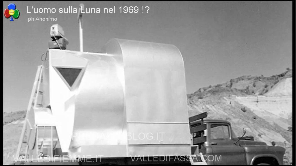 americani sulla luna 1969 predazzoblog13 Luomo sulla Luna nel 1969. Forse era tutto finto.. ecco le foto!