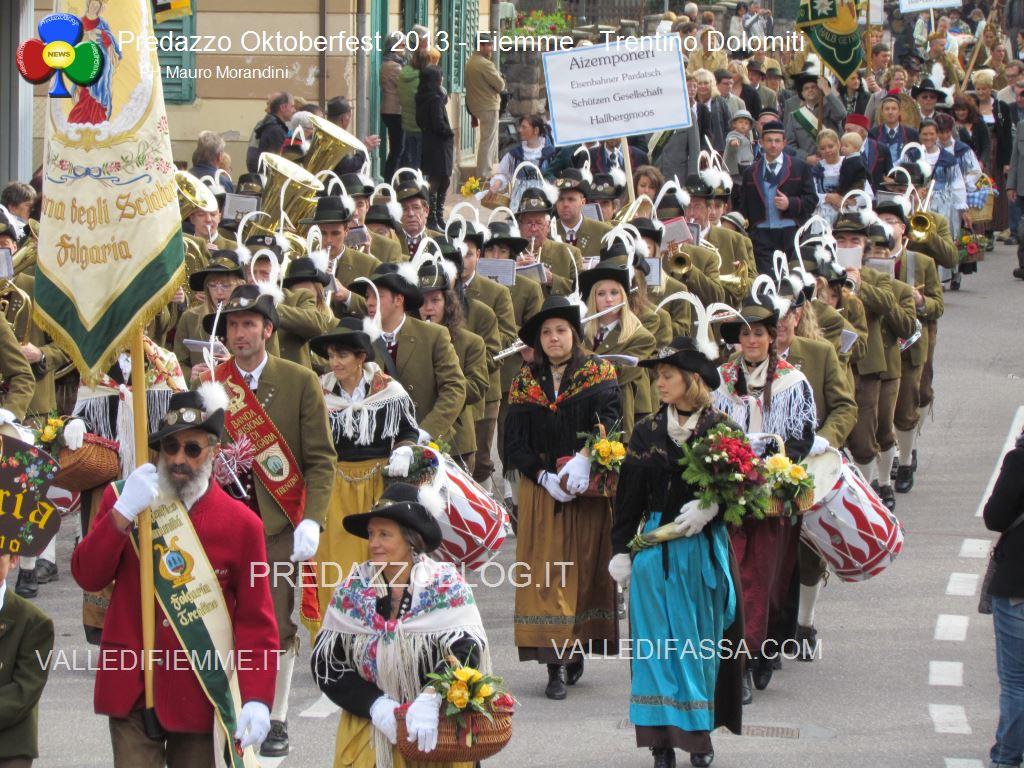 predazzo oktoberfest 2013 sfilata 20.10.2013 ph mauro morandini predazzoblog206 Oktoberfest Predazzo 2013   Le Foto di un evento spettacolare