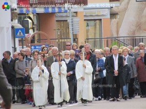 predazzo processione madonna rosario ottobre 2013 predazzoblog12 300x225 predazzo, processione madonna rosario ottobre 2013 predazzoblog12