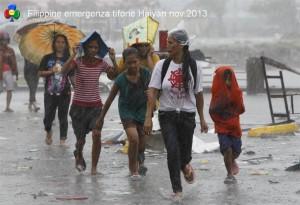emergenza uragano Haiyan Filippine ph big picture51 300x205 emergenza uragano Haiyan Filippine ph big picture5
