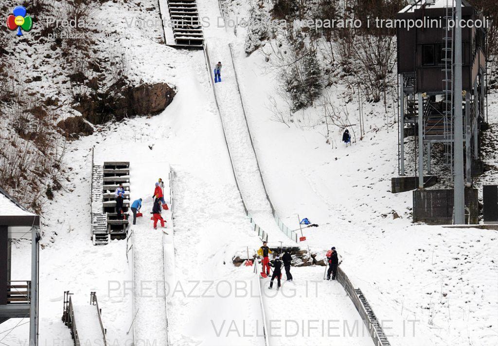 trampolini di predazzo preparazione pista volontari us dolomitica 30.11.13 ph elvis predazzoblog8  Predazzo, si vota dal 9 al 14 dicembre per il trampolino HS66
