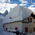 nevicate rolle valles san pellegrino dolomiti danni e paesaggi4 150x150 Tsunami di neve nelle valli di Fiemme e Fassa. Foto e Video