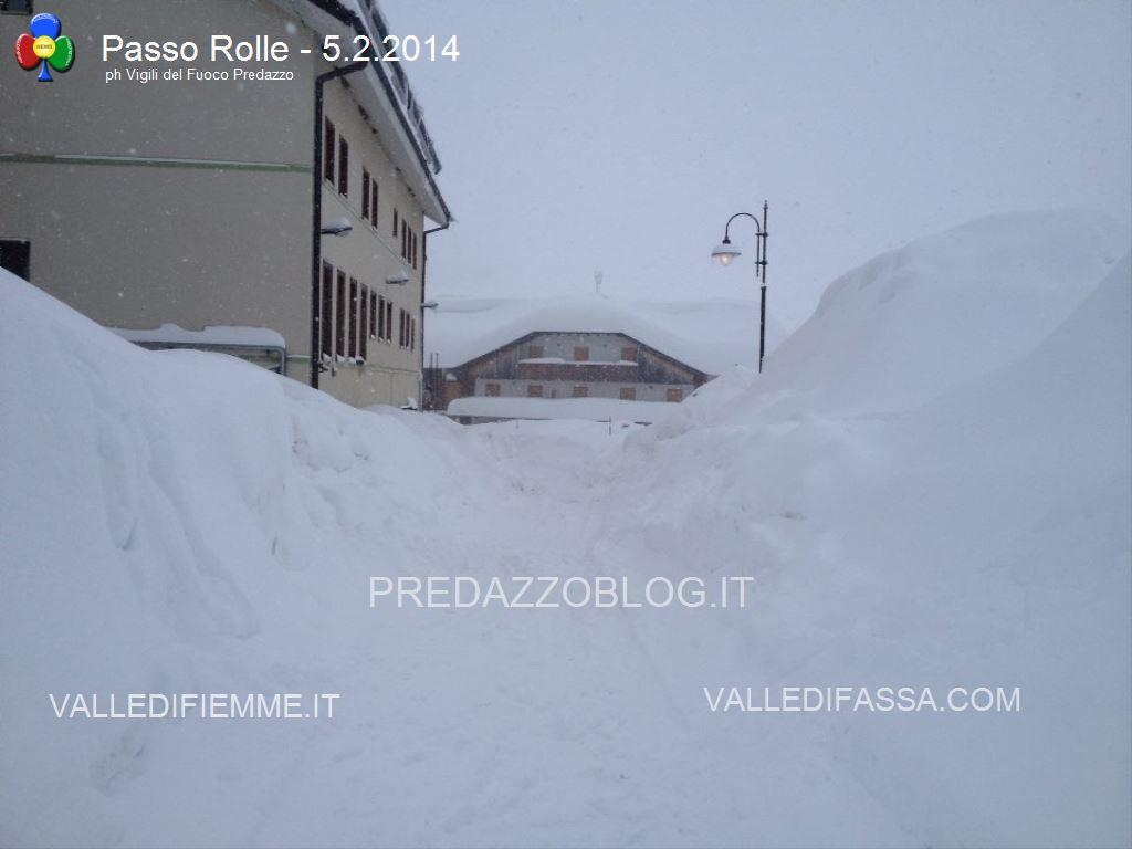 nevicate 2014 passo rolle e dolomiti2 Crolla il tetto del cinema per troppa neve a San Martino di Castrozza   Interventi anche al Rolle