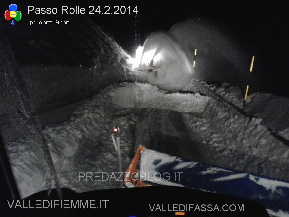 passo rolle neve e disagi al 24.2.2014 ph lorenzo gubert predazzo blog2 Passo Rolle, paesaggi da fiaba e disagi fra metri di neve