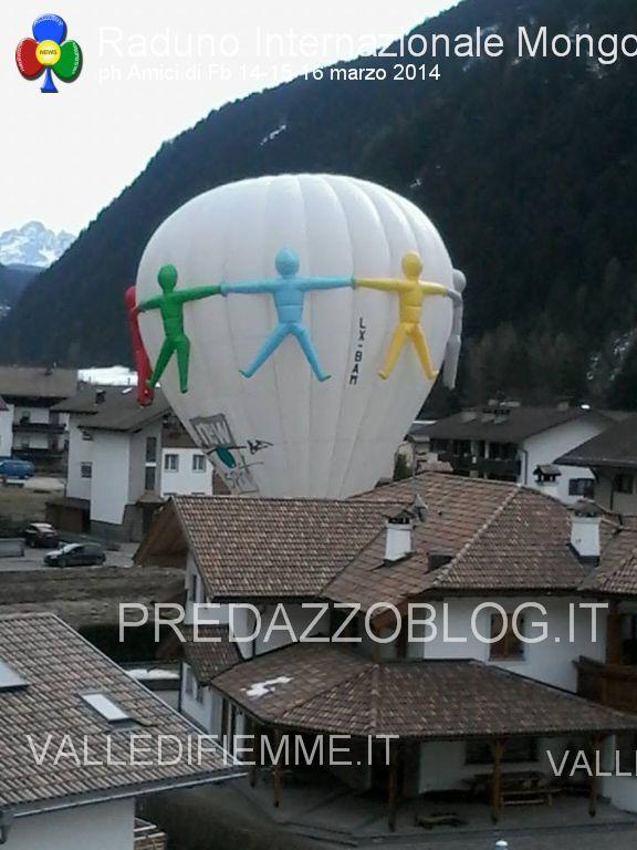 predazzo 1 raduno internazionale di mongolfiere 14 15 16 marzo 20141 Le mongolfiere volano silenziose su Predazzo   Foto