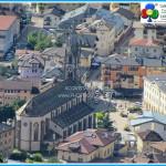 chiesa predazzo con piazza 150x150 Avvisi Parrocchie 8 15 aprile