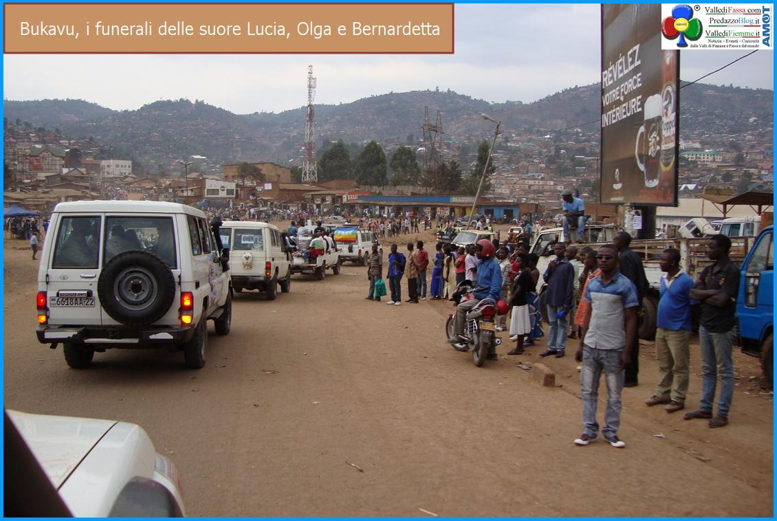 funerale 3 suore morte burundi luvungi ph suor delia guadagnini 1 Lettera di suor Delia Guadagnini: Settimana Santa da Kamenge, a Bukavu… e oltre