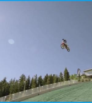 Moto jump Robbie Maddison's Drop