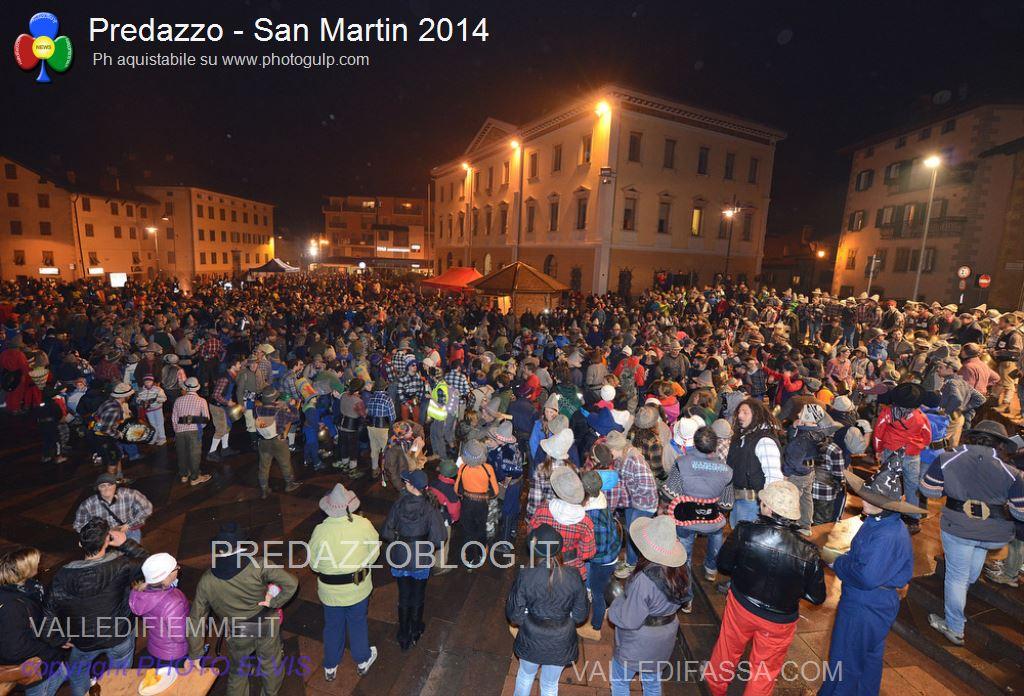 predazzo fuochi de san martin 2014 predazzoblog ph elvis169 San Martino 2015 con gastronomia in piazza