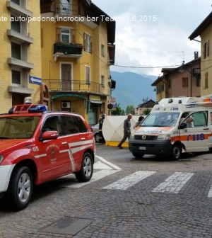 1.6.2015 incidente pedone bar teatro predazzo3