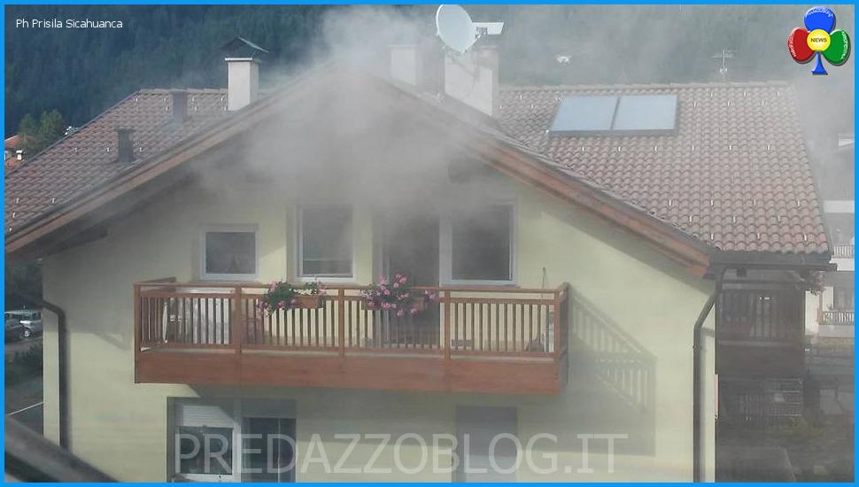 incendio fulmine casa bosin predazzo Fulmine su casa Bosin con principio di incendio
