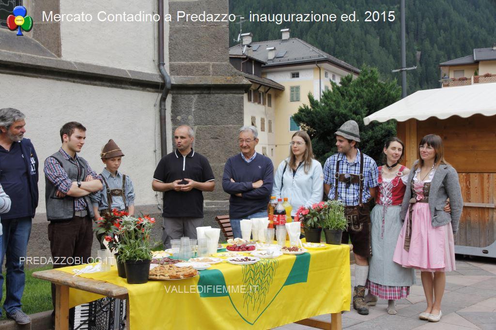mercato contadino predazzo fiemme32 Festival Europeo del Gusto a Predazzo 2/4 ottobre 2015