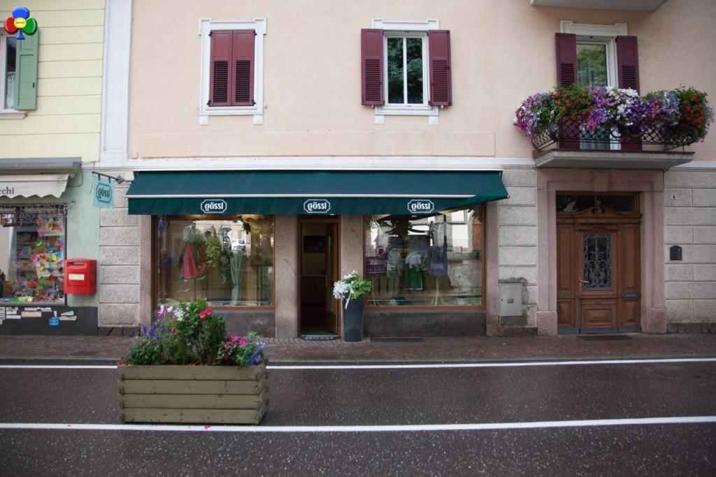 negozio in centro a predazzo goessl5 1024x683 Affittasi prestigioso negozio nel centro di Predazzo