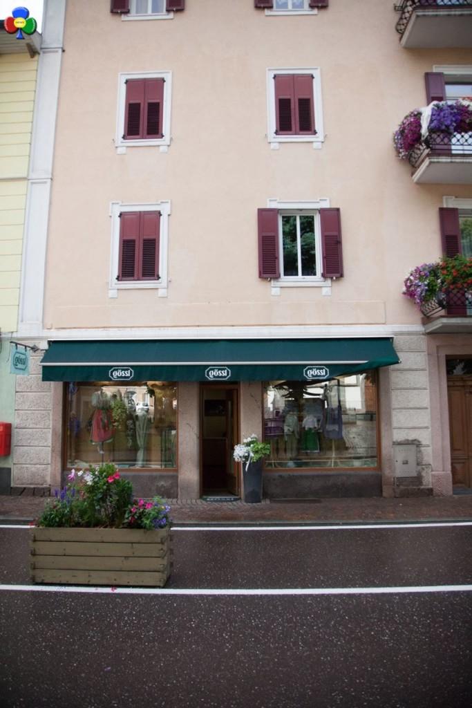 negozio in centro a predazzo goessl8 683x1024 Affittasi prestigioso negozio nel centro di Predazzo
