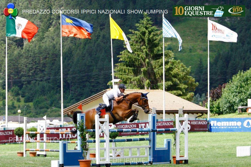 predazzo concorsi ippici nazionali show jumping fiemme18 I cavalli non saltano più, Dieci Giorni Equestre addio!