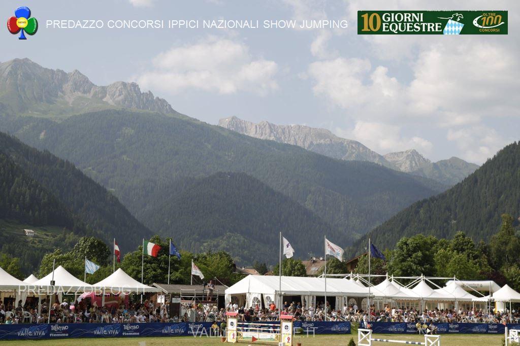 predazzo concorsi ippici nazionali show jumping fiemme20 I cavalli non saltano più, Dieci Giorni Equestre addio!