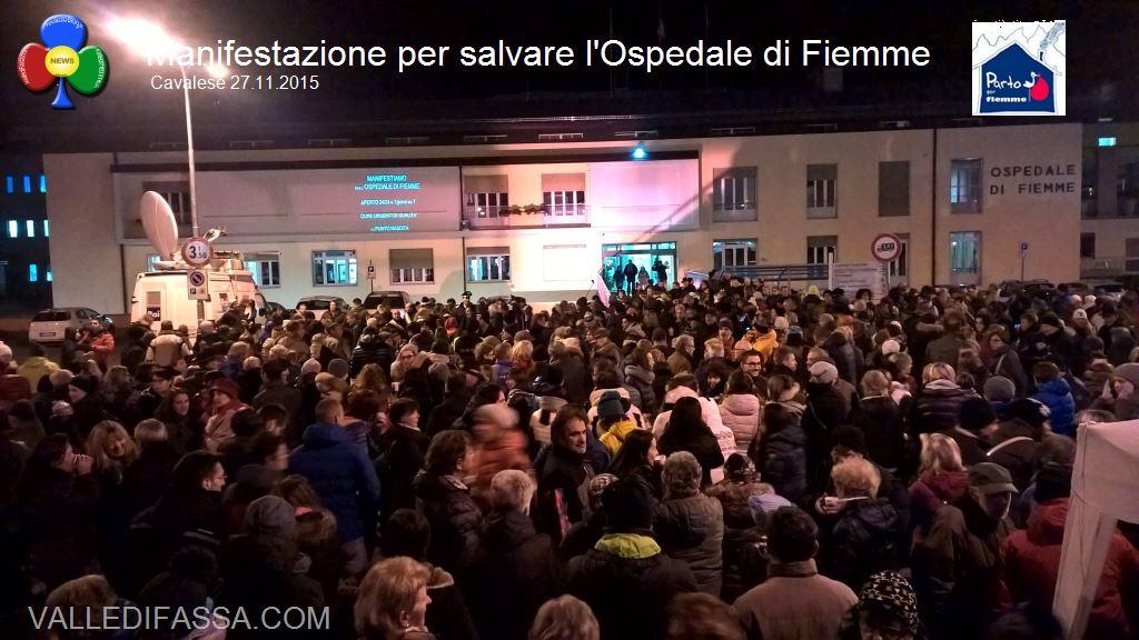 manifestazione ospedale fiemme 27.11.05 cavalese53 Punto Nascita Cavalese, boicottaggio in corso?  Video