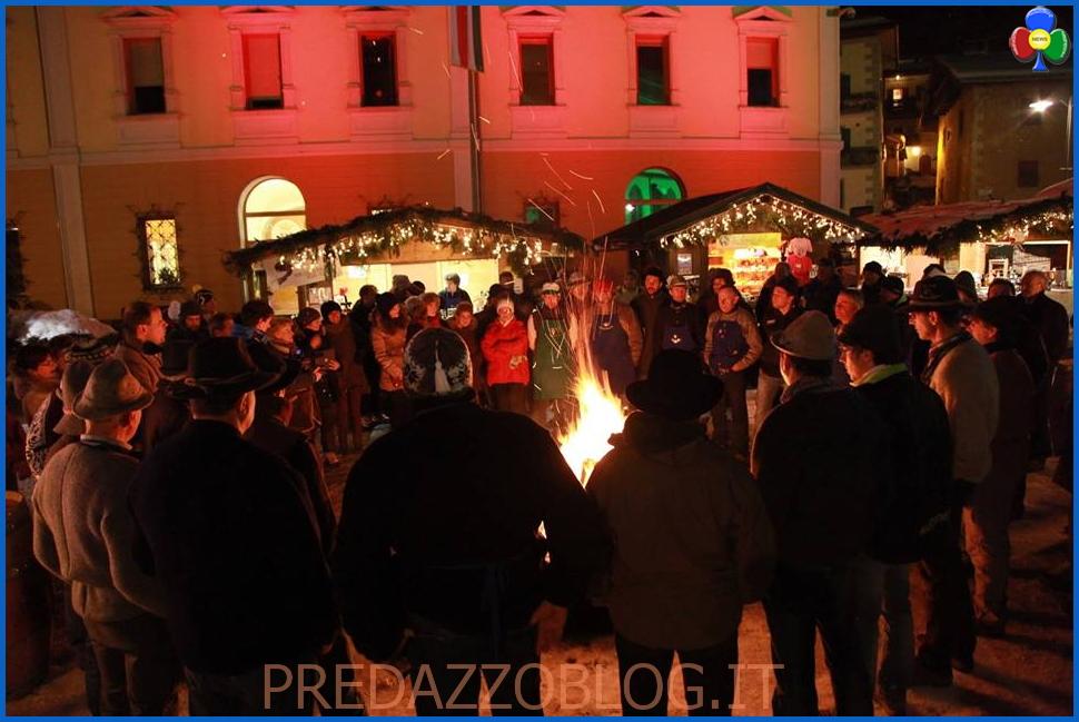 villaggio sotto lalbero predazzo1 Inaugurato il Villaggio sotto lAlbero di Predazzo   Le foto
