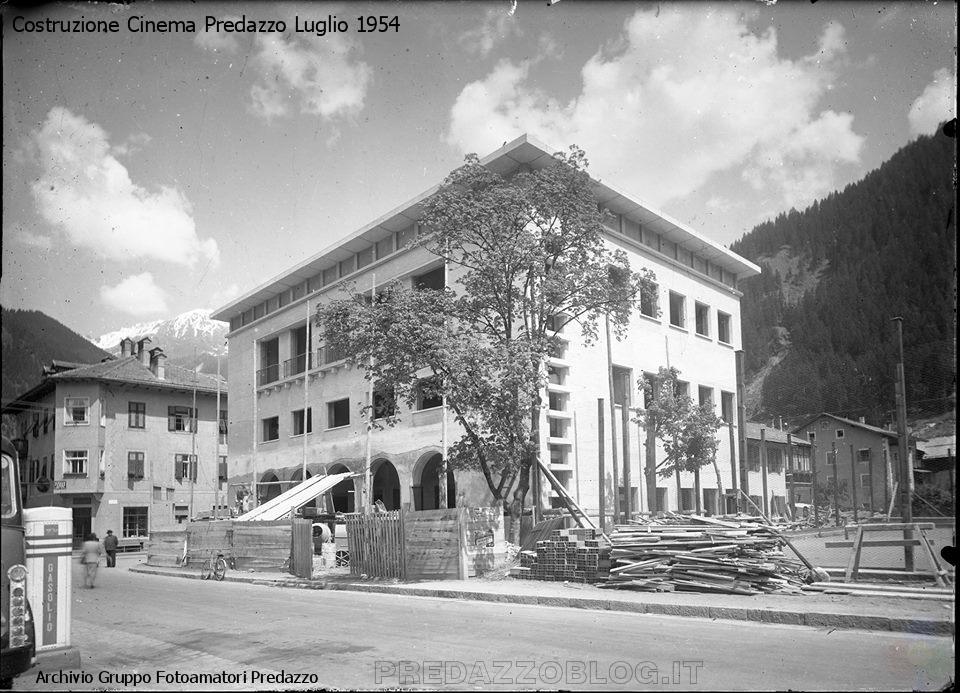 costruzione cinema predazzo Arrivederci Cinema di Predazzo