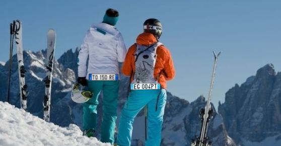 numero di targa per sciatori Numero di targa obbligatorio per tutti gli sciatori