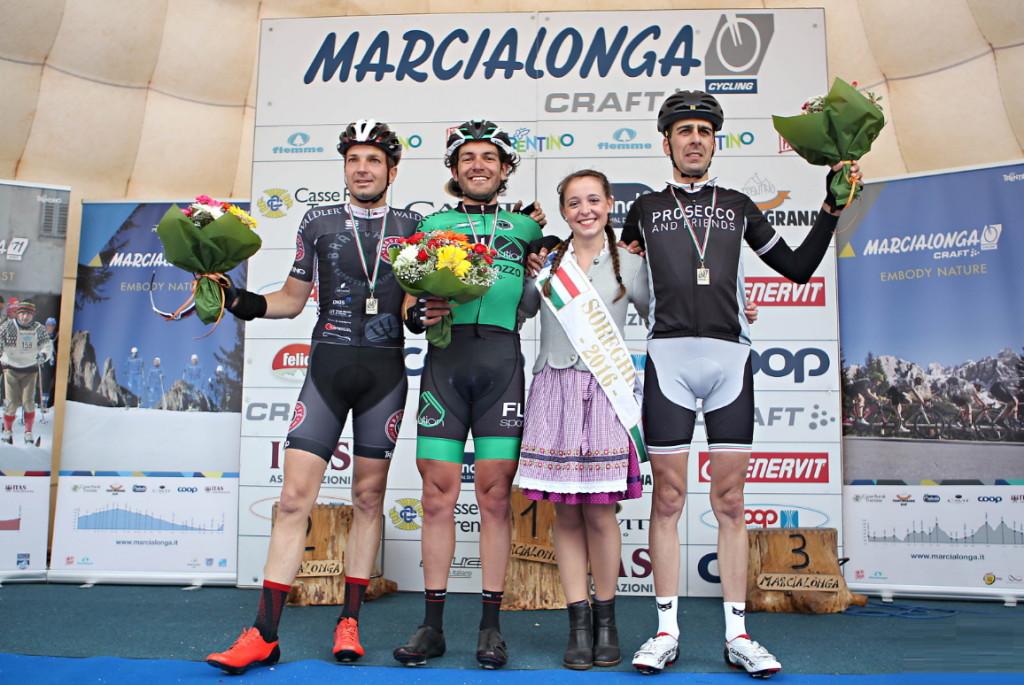 marcialonga cycling 2016 podio 1024x685 Marcialonga Cycling a Zen, Hober, Padoan e Scharmuller