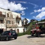 intervento pompieri sul tetto albergo passo rolle2 150x150 Help! Il tetto dellHotel sta volando via.  Video