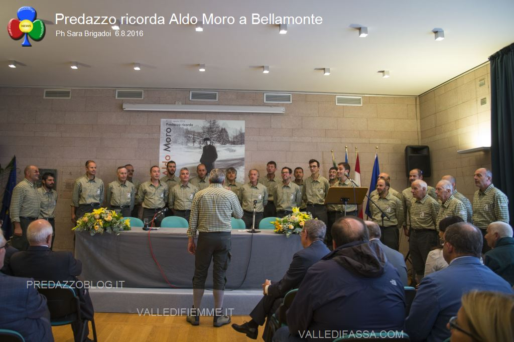 predazzo ricorda aldo moro bellamonte 6.8.16 ph sara brigadoi2 Bellamonte, intitolata ad Aldo Moro la Sala Conferenze