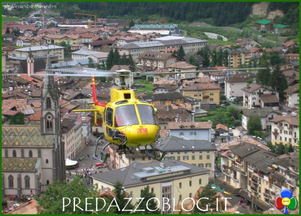 elicottero a predazzo chiesa 1024x736 Mountain Heroes Elisoccorso Trentino protagonista su DMax