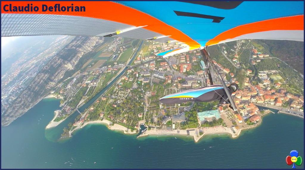claudio deflorian deltaplano su torbole garda 1024x571 Claudio Deflorian, volare sopra i sogni con il deltaplano
