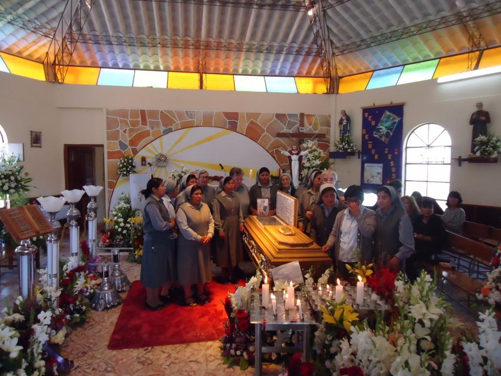 funerale suor celestina brigadoi 2.12.2016 bolivia 1024x768 Suor Celestina Brigadoi muore in Bolivia per incidente