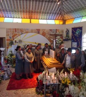 funerale-suor-celestina-brigadoi-2-12-2016-bolivia