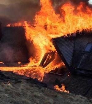 incendio-rifugio-tonini-pine-1