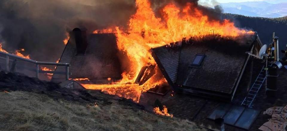 incendio rifugio tonini pinè 1 Ordinanze comunali di divieto accensione fuochi dartificio