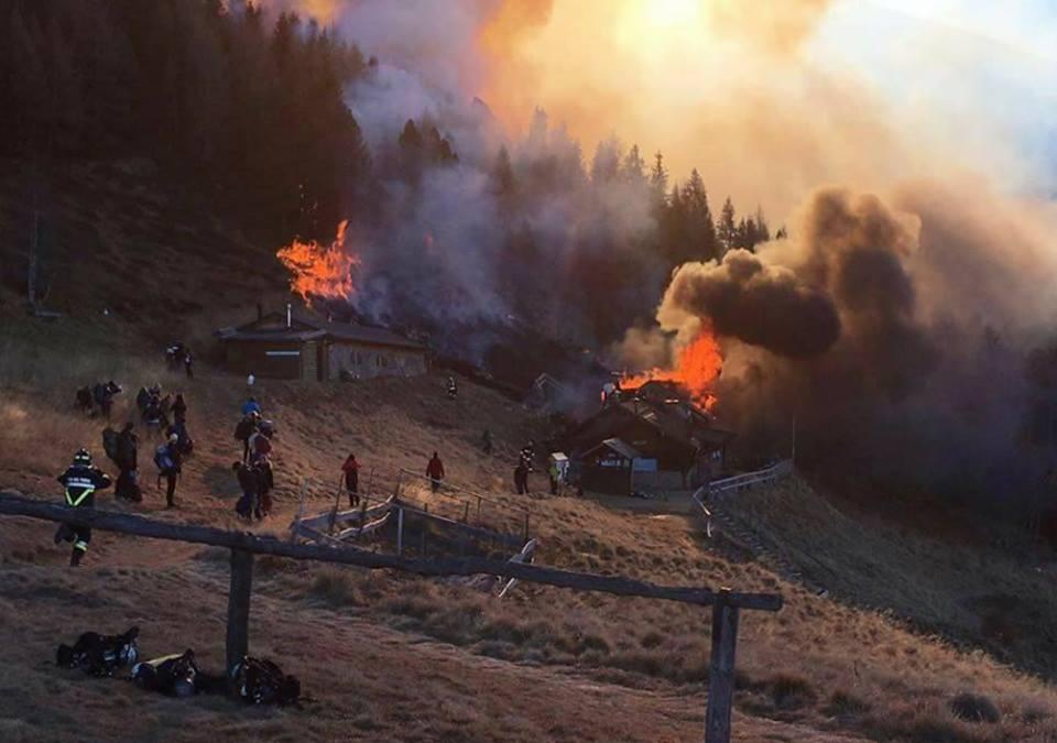 incendio rifugio tonini pinè Ordinanze comunali di divieto accensione fuochi dartificio