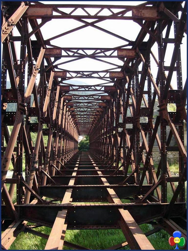 vecchio ponte ferrovia predazzo 770x1024 Il tracciato della ciclabile che attraverserà Predazzo