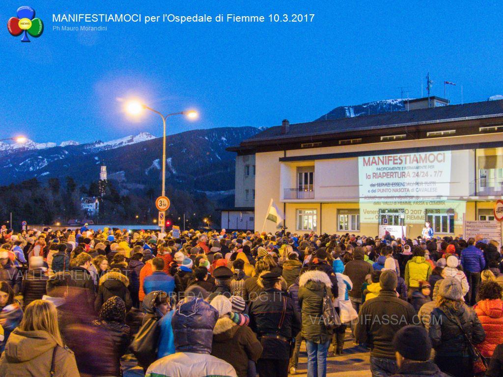 manifestiamoci ospedale fiemme 10.3.2017 predazzoblog11 A settembre la riapertura del Punto Nascita di Cavalese
