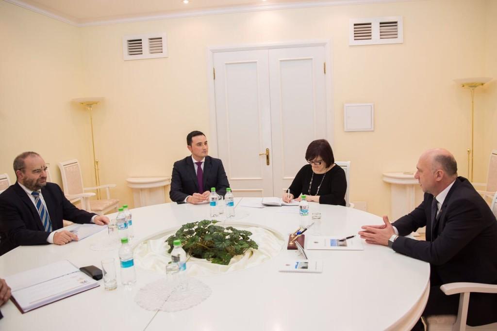 Gianni Boninsegna a colloquio con il Premier moldavo Pavel Filip 1024x683 Le relazioni fra Italia e Repubblica Moldova passano anche da Predazzo